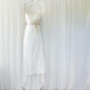 Wedding gown *NWT*
